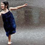 Притча. Чего бояться? Как девочка танцевала под грозой.